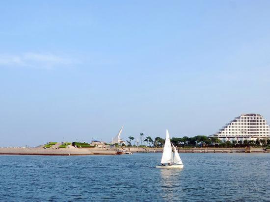Wanpingkou Haibin Scenic Resort