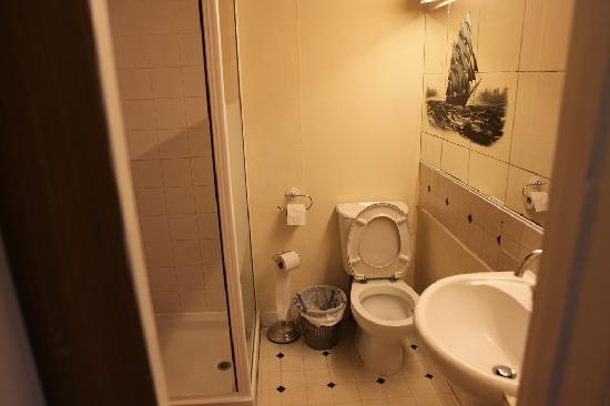 Bosta B&B: 酒店卫生间 toilet 1