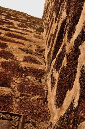 Negeri Melaka, Malaysia: 斑驳的巧克力墙