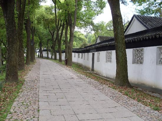 Humble Administrator's Garden: 一条小路