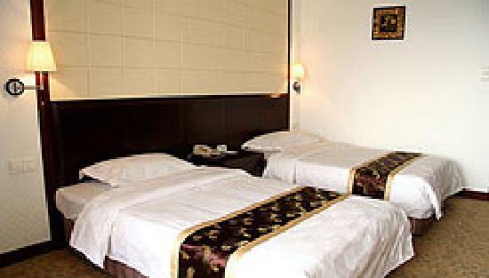 Panfeng Hotel: 2007112172725631
