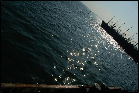 Lingshan Island: 波光