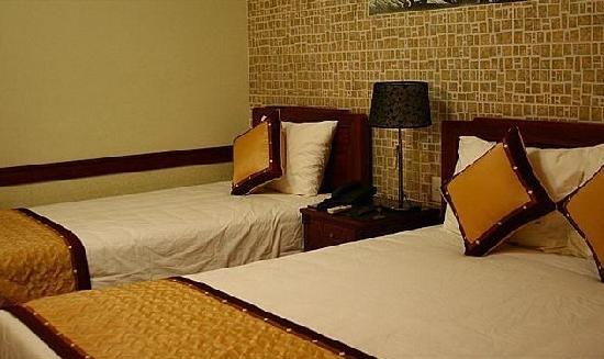 Prince II Hotel: 双人房