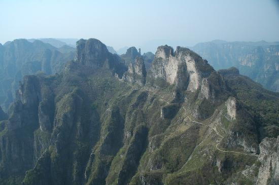 Huixian, Chiny: 王莽岭的崇山峻岭