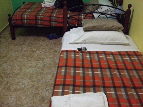 Villa Toula: 床单干净的