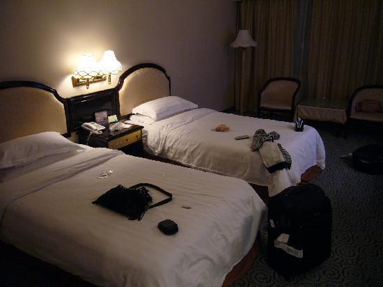 Golden Sunshine Hotel: P1100668