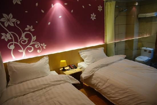 Mengzhigang Jingpin Hotel: 精致双床房