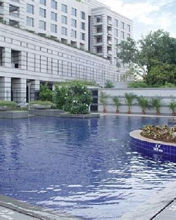 Grand Hyatt Mumbai : 露天游泳池