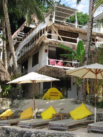 Artista Beach Villas: 酒店外观