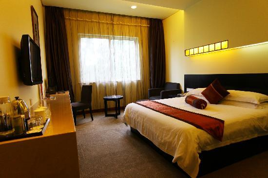 Jiutian Business Travel Hotel