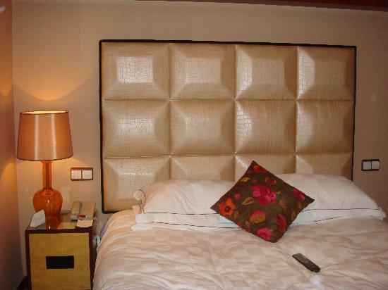 S.Signature Floor Hotel : 这床真的很舒服,也够大的