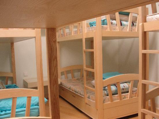 Heisha Youth Hostel