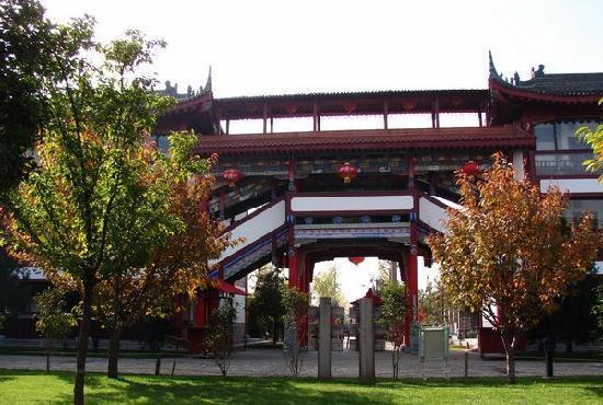 Guanzhong Fengqingyuan Hotel: 关中风情园3