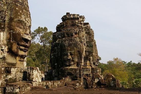 Cambodia: 神秘的微笑