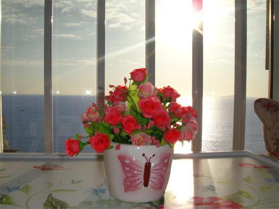Xiaolou Tinghai Guest House Dadonghai: 爱琴海海景图片