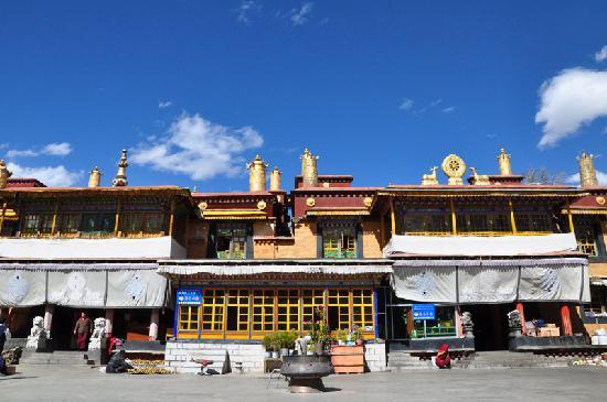 Zhaji Temple