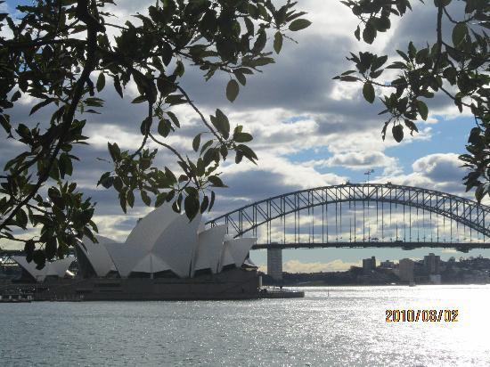 Sidney, Australia: 这个角度很有意境