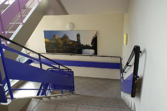 Haus International: 楼梯