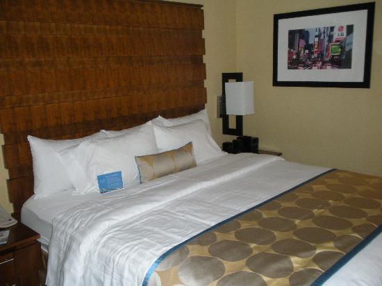 Fairfield Inn & Suites New York Manhattan/Fifth Avenue: 酒店的舒服大床