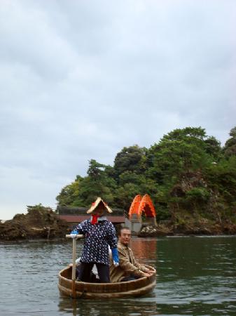 Sado, Japan: 盆船
