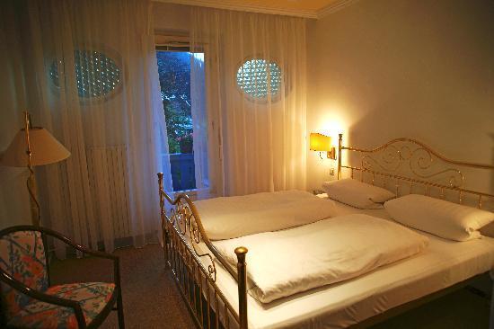 Romantic Pension Albrecht: 房间