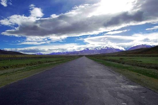 Nagqu County, Trung Quốc: 青藏公路