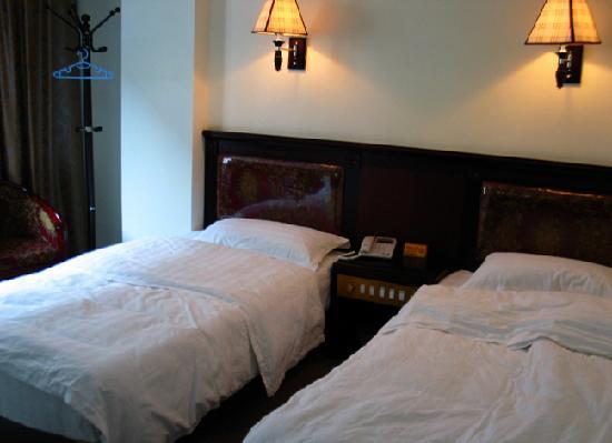 Pearl Hotel: 酒店双人标间