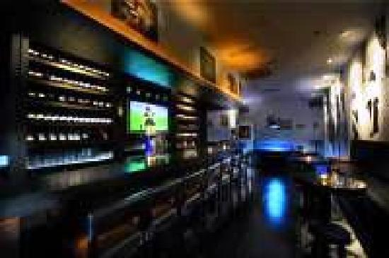 Suzy's Late Night Lounge Bar