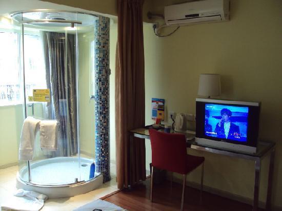 Photo of Home Inn (Shenzhen Zhuzilin)