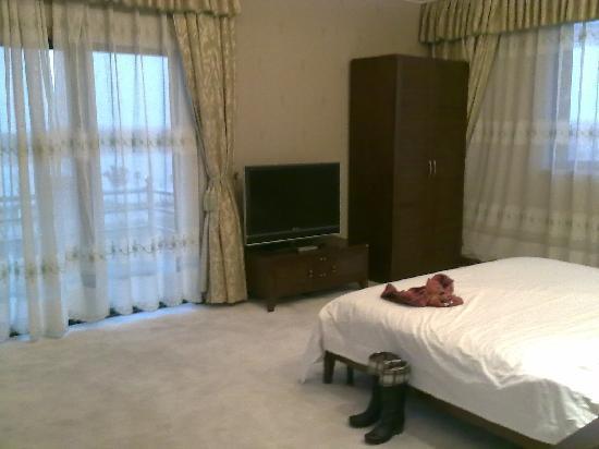 Jingyuan Shuizhuang: 卧室