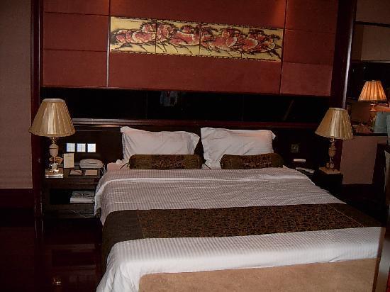 Harvest Hotel: 很舒适的大床
