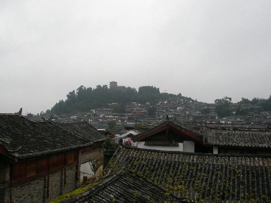 Ruanguixuan Inn : 客房小阳台看出去的狮子山风光