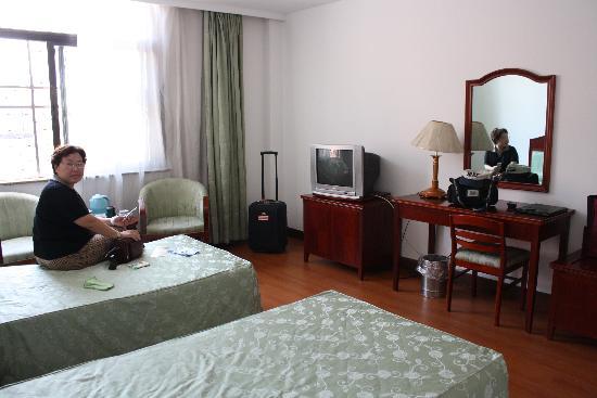Kai'en Hotel : 入住的标准间