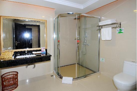 Jinmen Hotel: 房内浴室