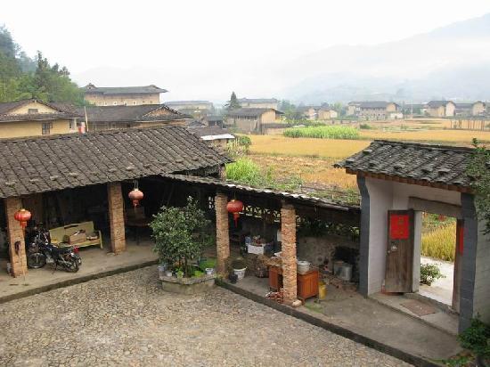 Heguilou Hostel