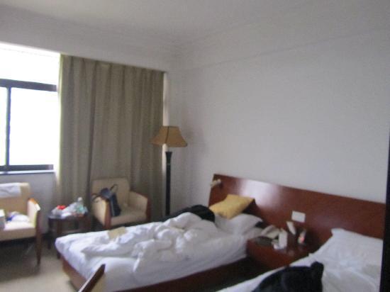 Hua Dong Hotel: 客房