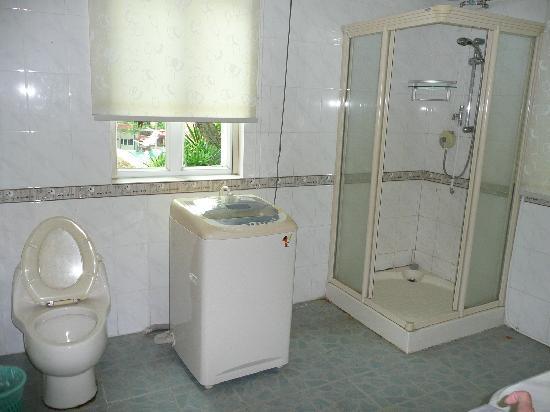 Gulangyu Sanatorium of Nanjing PLA: 卫生间1