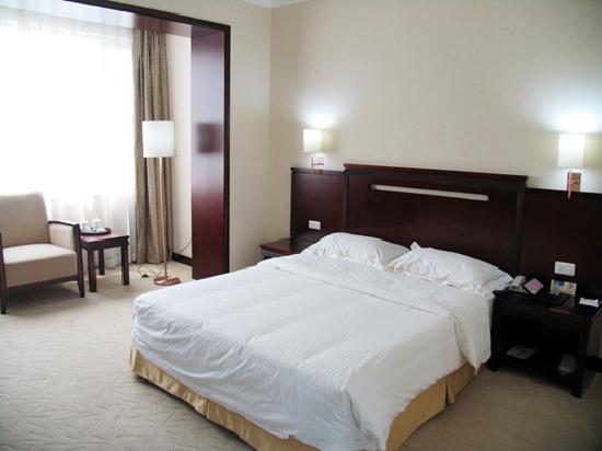 Hong Bo Hotel: 鸿波酒店