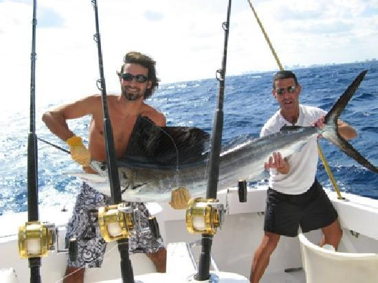 Fish The Salt: 尼泊尔-get hooked fishing charters