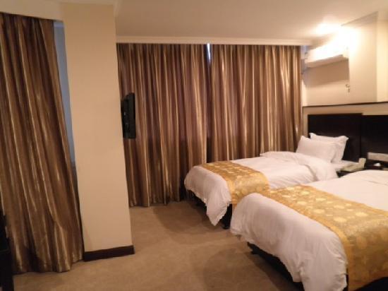 Vienna Hotel Guilin Shanghai Road: 标准间