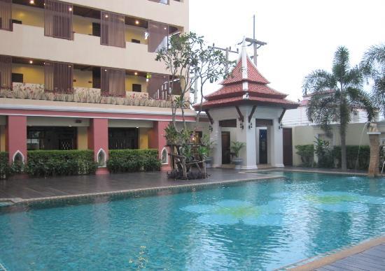 Siam Hotel: 泳池~