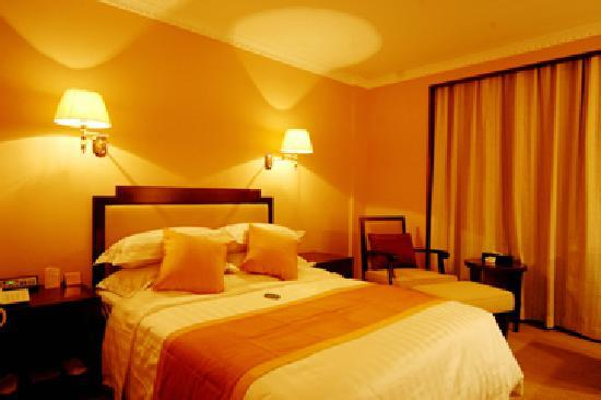 Quanji Hotel Changsha Helong Stadium: 酒店单间