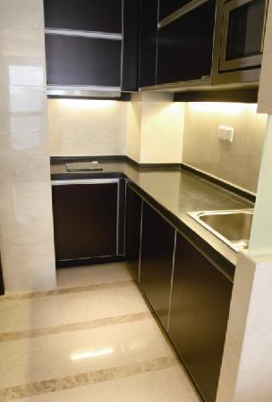 Checkool Service Apartment Hangzhou Xingguang: 每个房间有厨房
