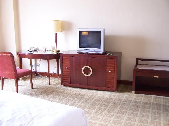 Huatian Hotel: 100_0894