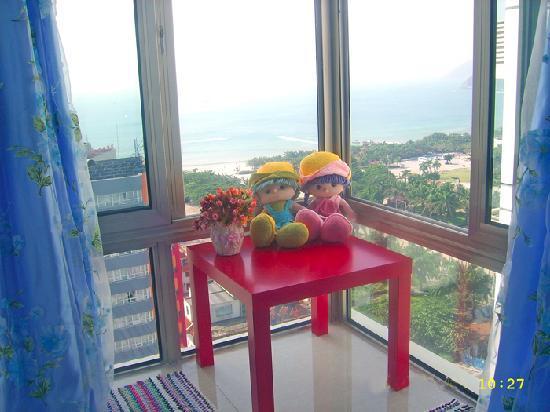 90 Steps Sea Apartment Sanya: 海景飘窗独卫大床房