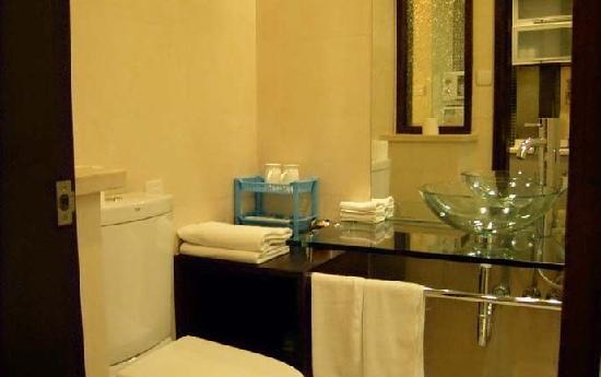 New Space Time Chenmeng International Serviced Apartment Hotel: 卫生间