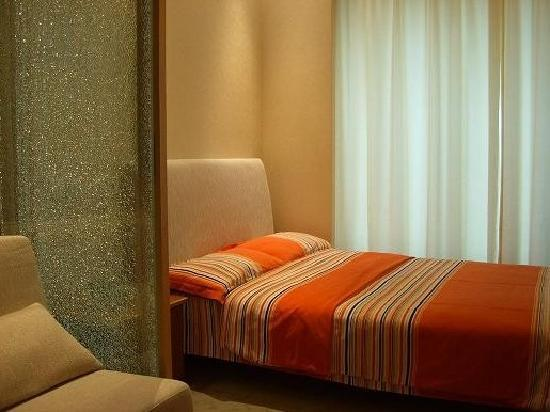 New Space Time Chenmeng International Serviced Apartment Hotel: 卧室