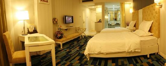 Junyi Hotel: 3
