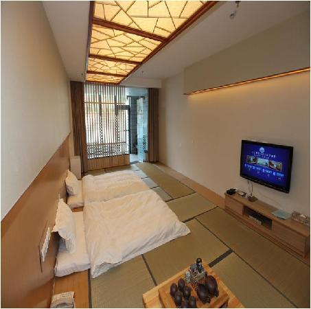 Xinlongmen Fenglv Hot Spring Hotel