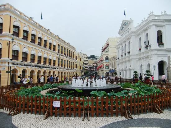 Macao, Kina: 议事厅前的喷泉